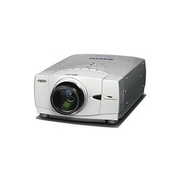 Najam projektora 5500 ANSI lumena i XGA (1024x768) rezolucije